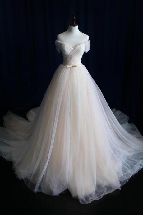 A-line Tulle Wedding Dress,Wedding Dresses,Plus Size Bridal Gown,Cunstom-made Bride Dresses,Off-shoulder Wedding Dress,Tulle Pleat Bridal Dresses,W041