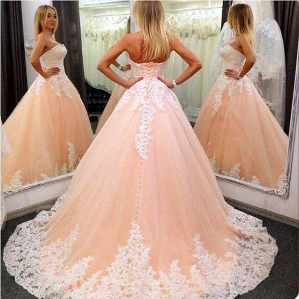 Ball Gowns Wedding Dresses,Wedding Gown,Strapless Lace Appliqued Wedding Dress,Princess Vintage A-line Bridal Gowns,Tulle Wedding Dress,Pastel Orange Bridal Gown,W024