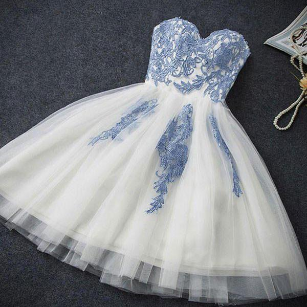 Strapless Sweetheart Neck Homecoming Dress,Lace Appliques Homecoming Dresses,Ivory Hoco Dresses,Short Tulle Prom Dresses,H057
