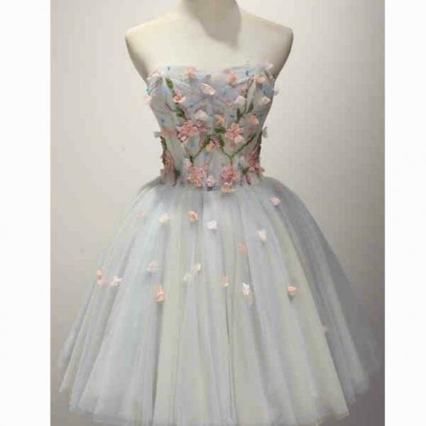 Strapless Flowers Tulle Homecoming Dress,A-line Sleeveless Princess Homecoming Gown,Short Prom Gowns,Appliqued Homecoming Dress,H112